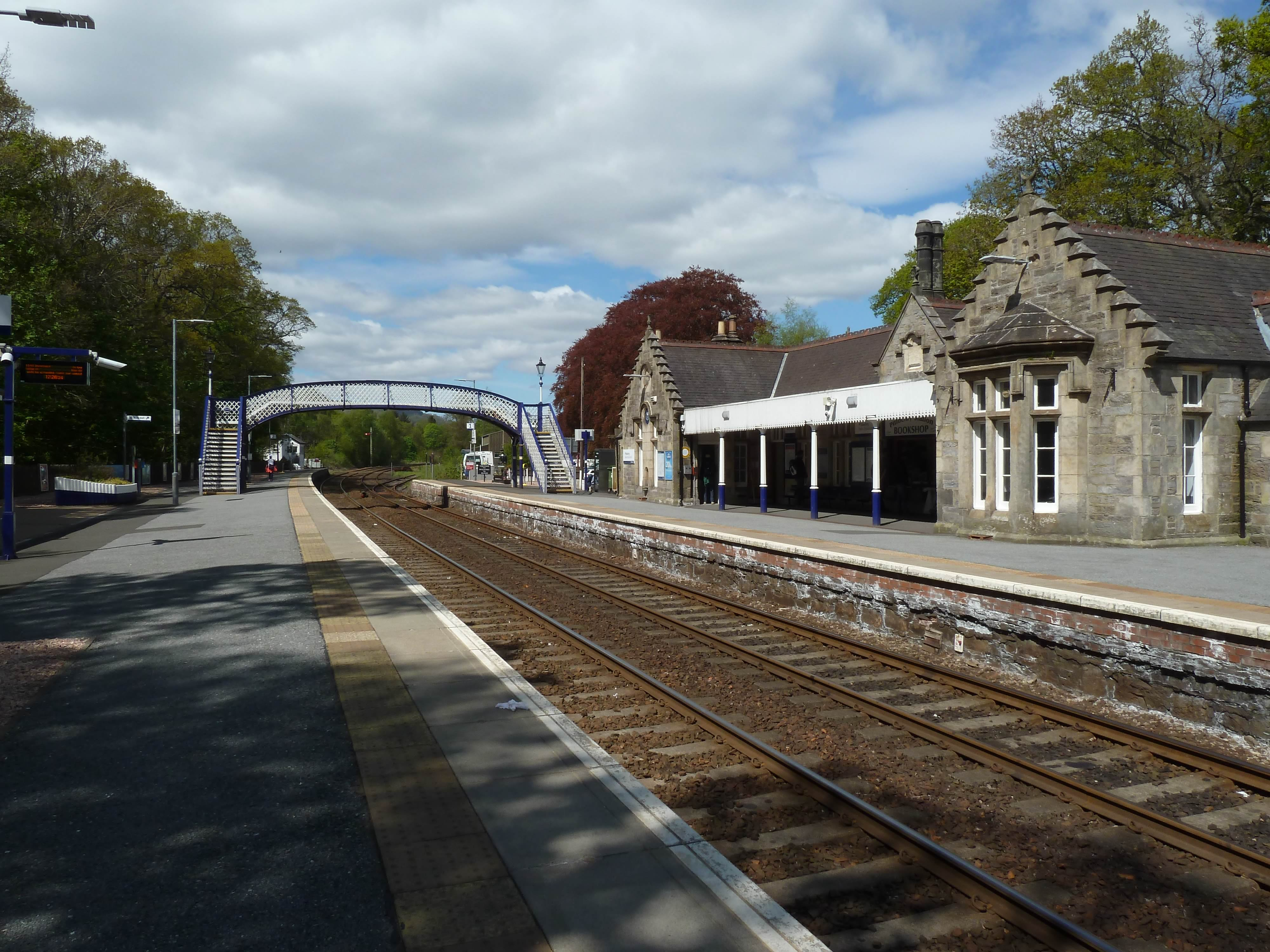 12.25 – Pitlochry station